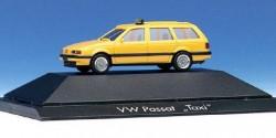 VW Passat Taxi (gelb)