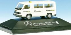 Mercedes Benz 100 D Taxi Berlin